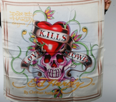 love-kills-slowly-scarf-39037-2